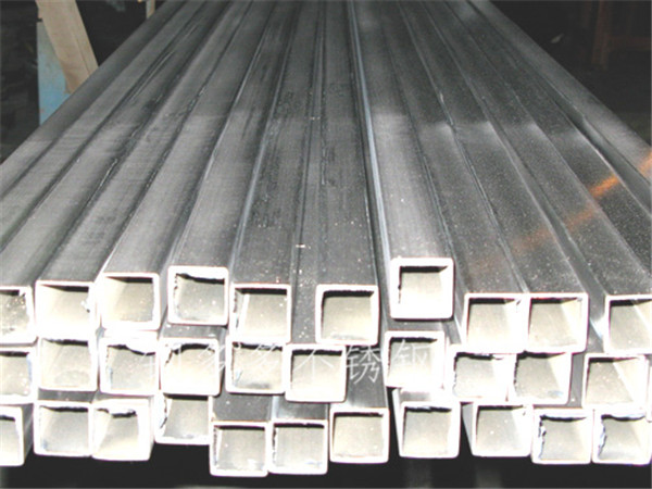 430不锈钢方管现货如下